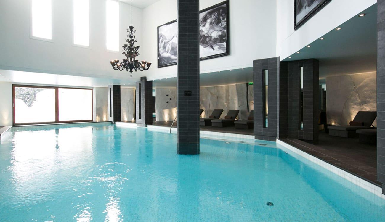 Le Strato luxury hotel