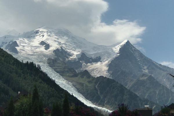summer hiking trip in the alps swisskisafari