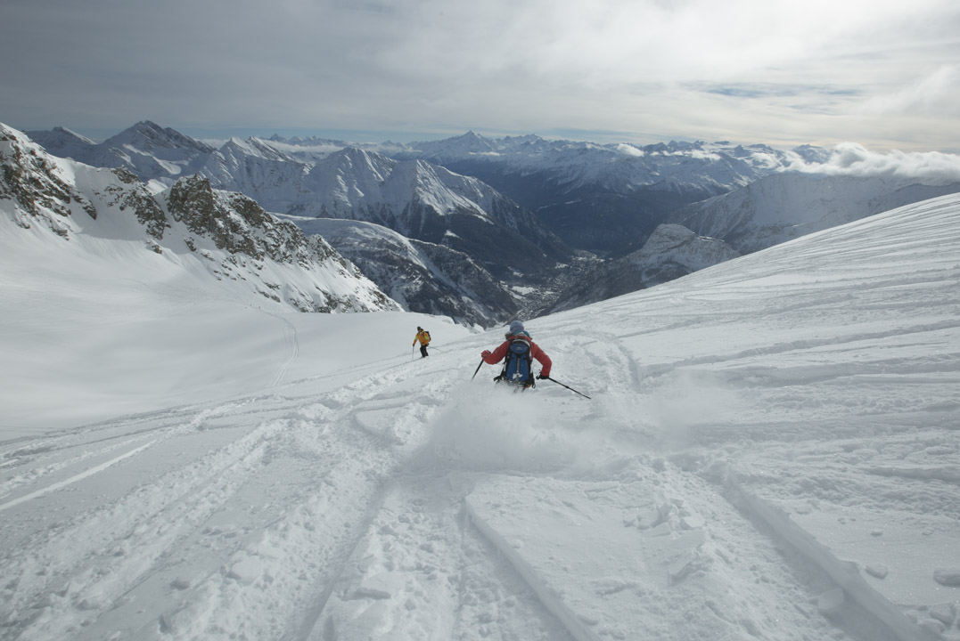 Skiing in Europe - Swisskisafari