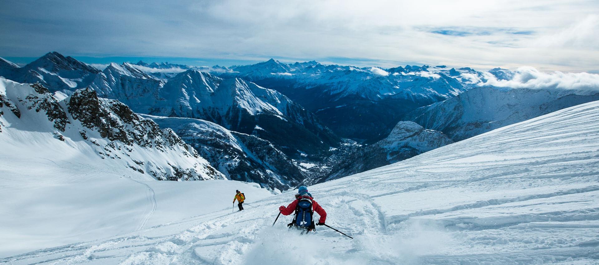 Ski-in-luxury-off-the-beaten-track-with-Swiss-Ski-Safari