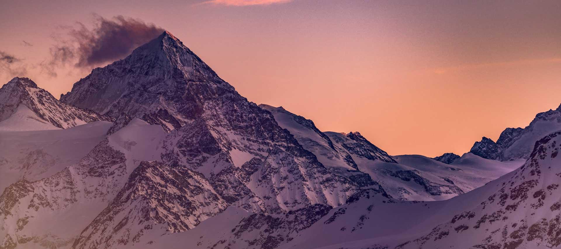 Luxury-Guided-Mountain-Travel-with-Swiss-Ski-Safari-winter